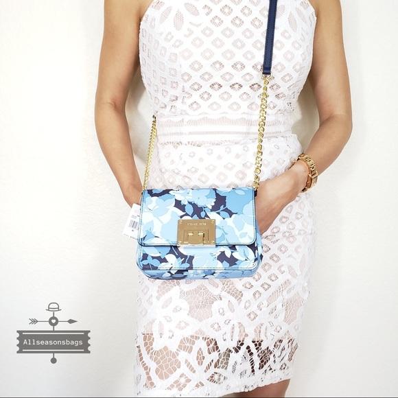157027e94341 NWT Michael Kors Tina Small clutch navy floral bag